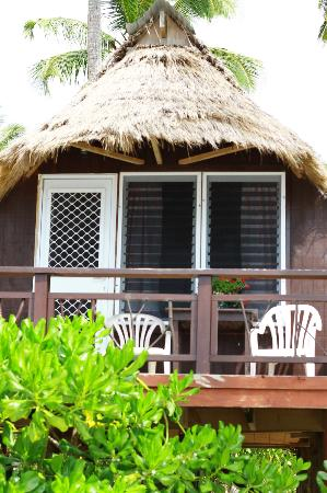 Paradise Cove Lodges: Our bungalows