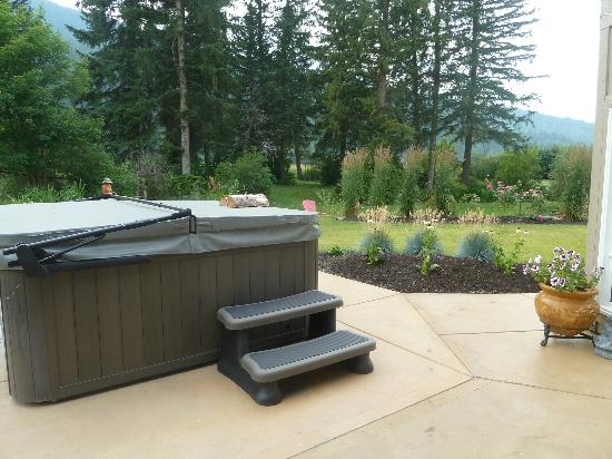 The Joy of Living Centre: Theraputic hot tub
