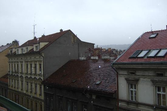 La Boutique Hotel Prague: View from skylight - Room 42
