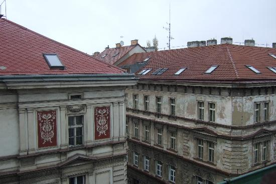 ‪‪La Boutique Hotel Prague‬: View from skylight - Room 42