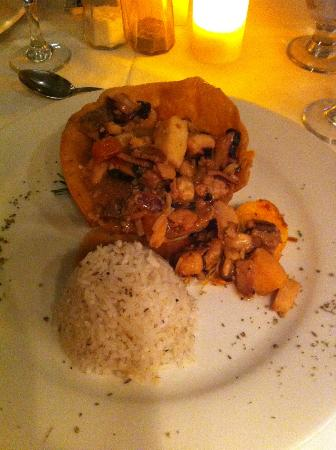 Royal Decameron Beach Resort, Golf & Casino: El Canal a la carte - food was not good
