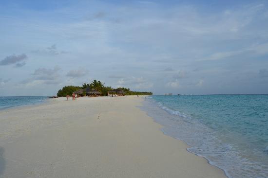 Palm Beach Resort & Spa Maldives: lingua di sabbia