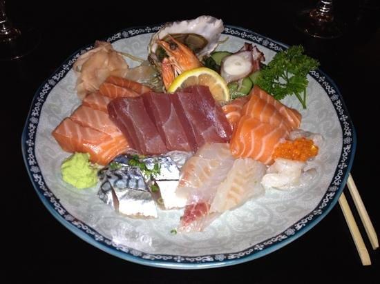 Chez Shun :                                     sashimis