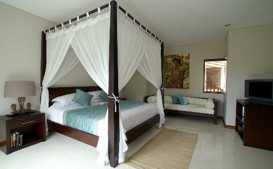 Chillout Bali: VillaTujuh Bedroom