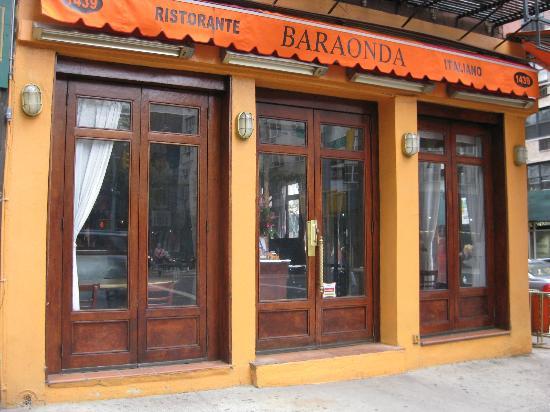 Baraonda : Exterior - Front