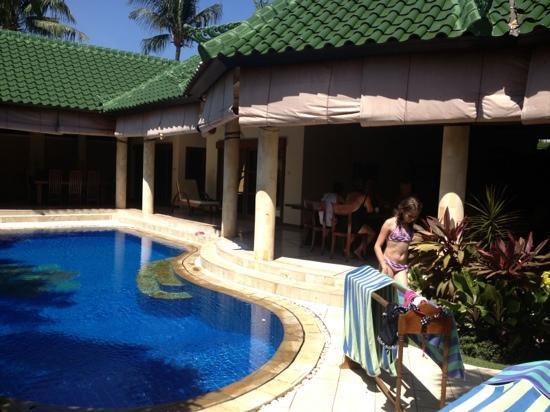 Emerald Villas: Four bedroom King Villa at Jade Complex