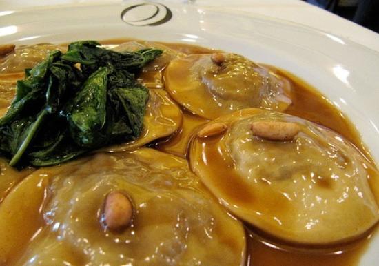 Tappo Trattoria: Ravióli de carne com manteiga de trufas
