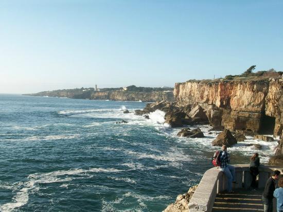 Boca do Inferno : Paredão de rochas imponente!