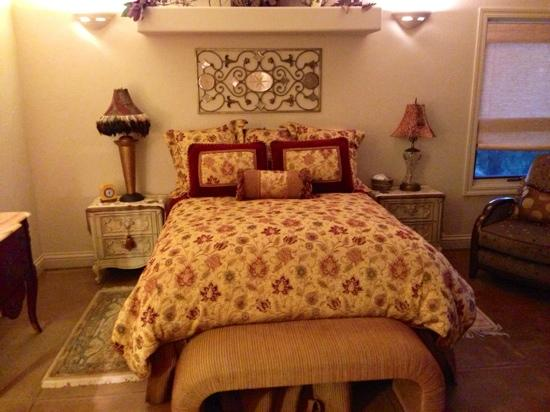 Querencia: one of many bedrooms - all different