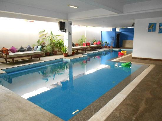 The Siem Reap Hostel: Covered Pool, made for realxing