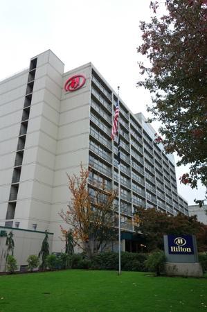 Hilton Eugene: Exterior