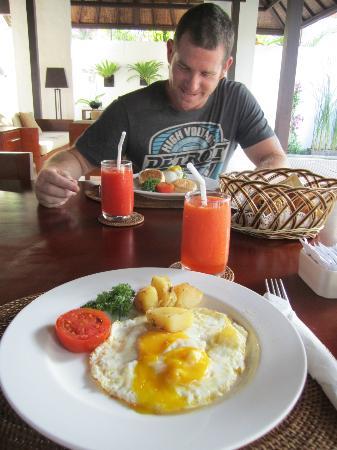 Uma Sapna: Breakfast