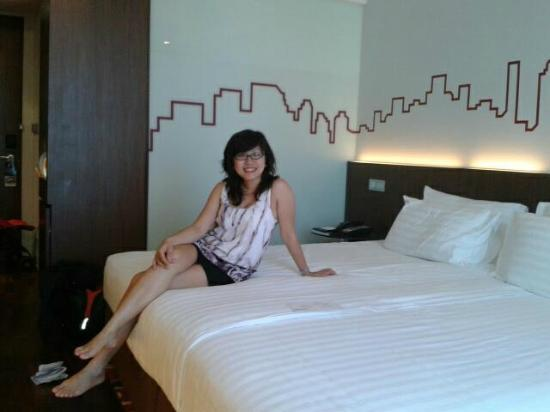 Galleria 10 Hotel Bangkok by Compass Hospitality: Our room at 7th floors