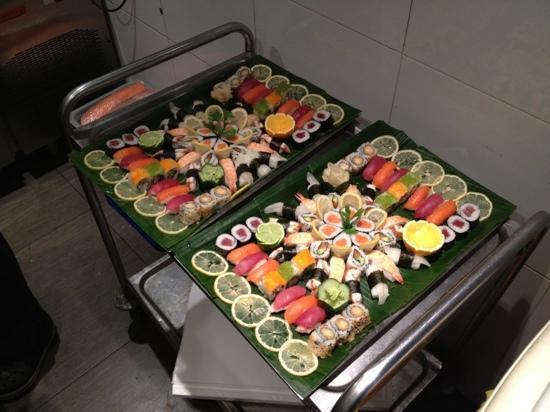 Hugo's Lounge: Master sushi