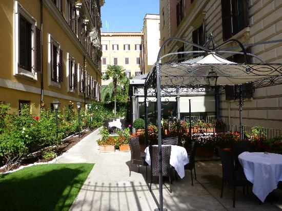 Entrance Picture Of Rose Garden Palace Rome Tripadvisor
