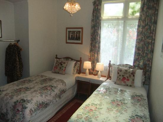 Tresco Bed & Breakfast: Twin Room