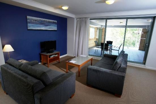 Quest Newcastle Apartments: Lounge Room