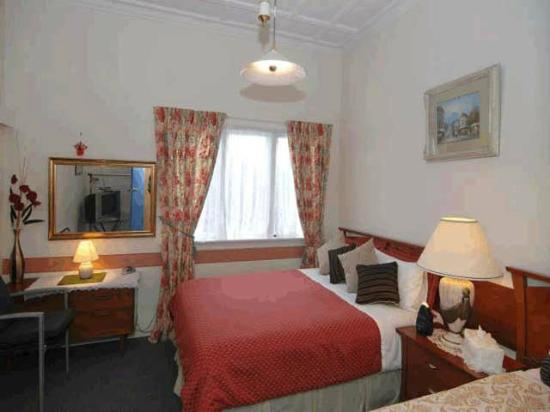 Tresco Bed & Breakfast: Triple Room