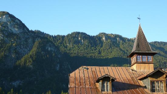Hotel Wittelsbach: The Ammergau Alps from our balcony