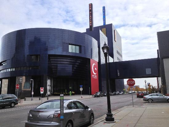 Guthrie Theater: View from 2nd Street