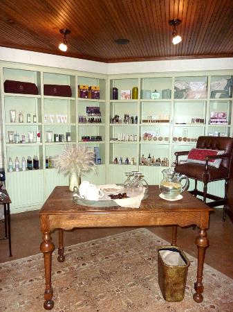The Ranch at Rock Creek: spa products, it smells like lavender and rosemary in here!