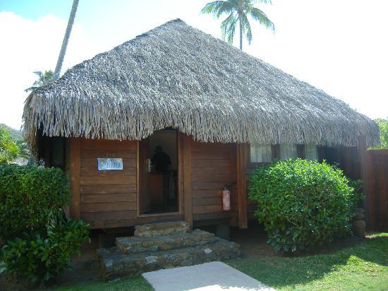 Manava Beach Resort & Spa - Moorea: Entrada a nuestro Garden Bungalow