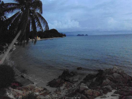 Beyond The Blue Horizon Villa Resort: Beach