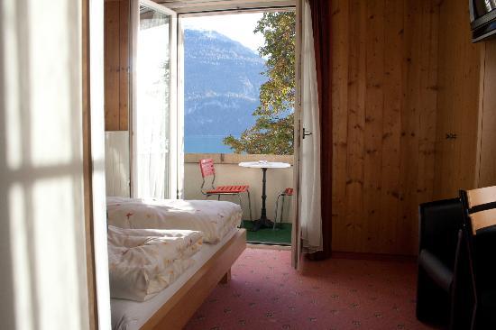 Hotel Brienzerburli und Löwen: Balcony