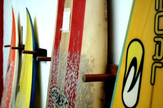 Hostel Harmonia: Surf boards