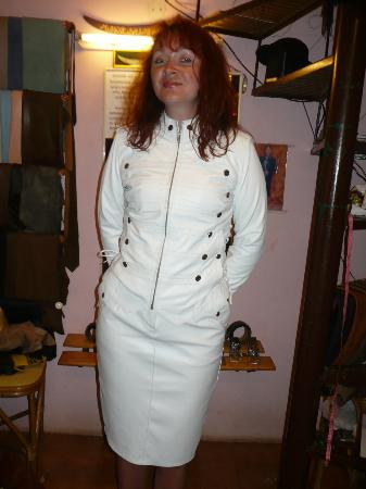 Ali Leather Boutique: set skirt and jacket