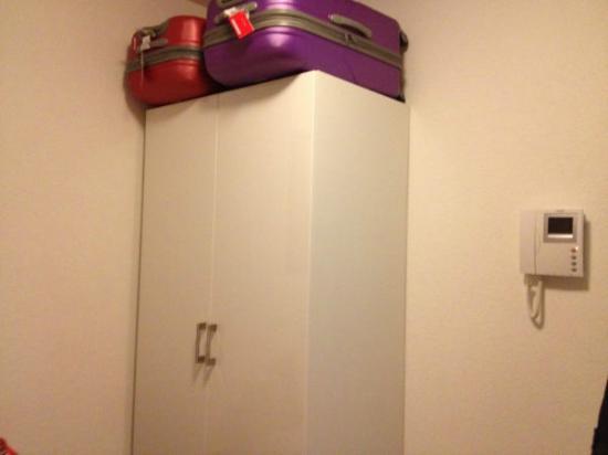 Hotel Loewen: Room 202