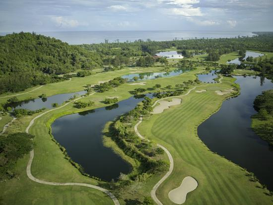 Dalit Bay Golf & Country Club