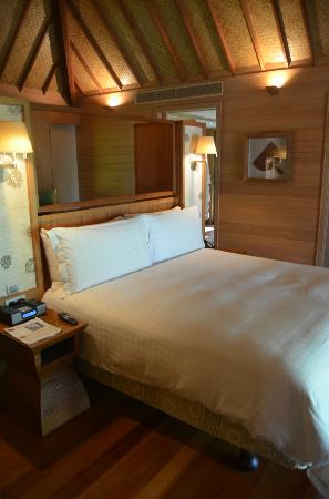 Four Seasons Resort Bora Bora: The bedroom of our OWB