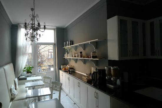 Angel House Bed & Breakfast : cucina comune