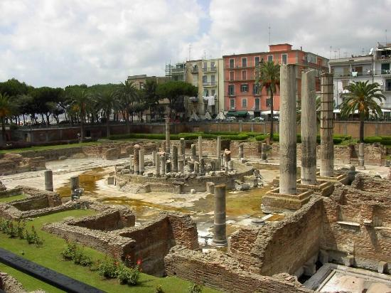 Macellum (Temple of Serapis)