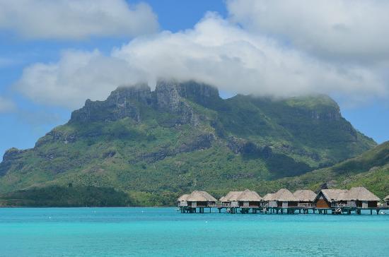Four Seasons Resort Bora Bora: The beautiful mountain