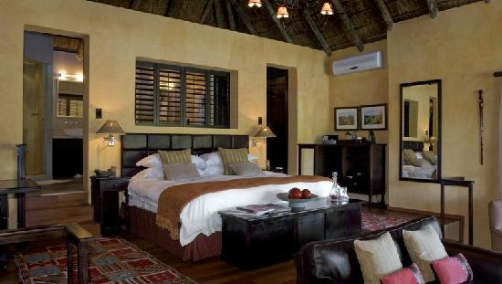 Kichaka Luxury Game Lodge: Suite at Kichaka