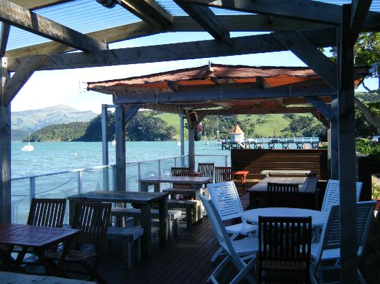 HarBar Beachfront Cafe: our sunny deck