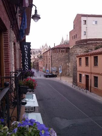 Hotel Hospederia Fernando I: Vistas a la Catedral