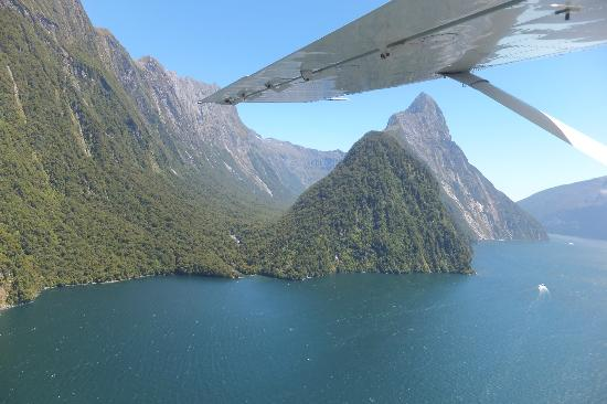 Glenorchy Air: 32