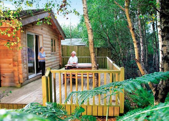 Quarry Walk Lodges: Squirrel Log Cabin