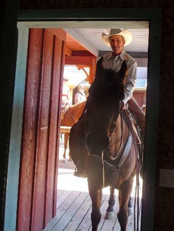 Tombstone Monument Ranch: Ja, wer kommt uns da besuchen?