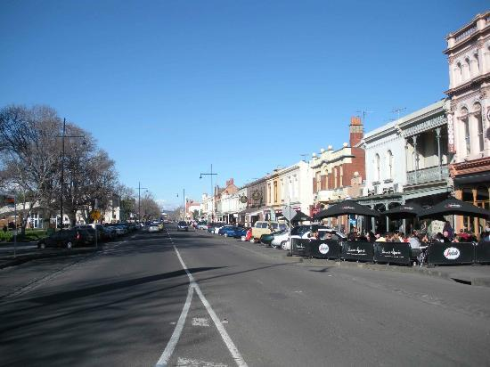 Williamstown Craft Market: the craft market is located on the left side of the road