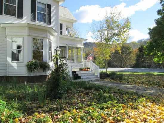 Farmhouse Inn at Robinson Farm: welcome sight!