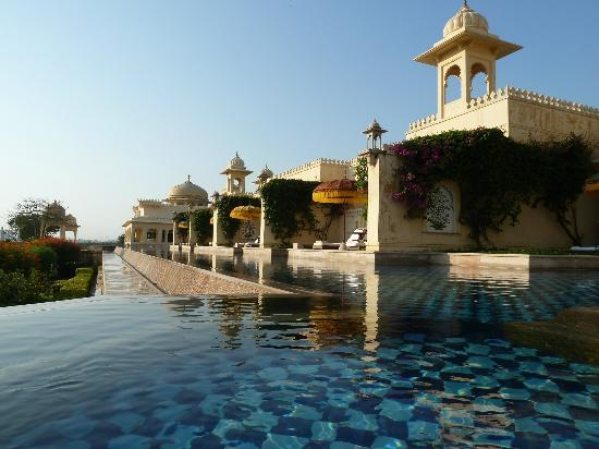 The Oberoi Udaivilas: View along pool in front of rooms