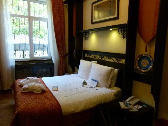 Ottoman Hotel Imperial: Chambre