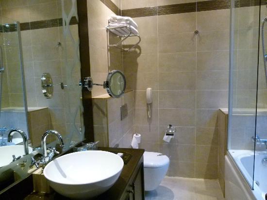 Ottoman Hotel Imperial: Salle de bains