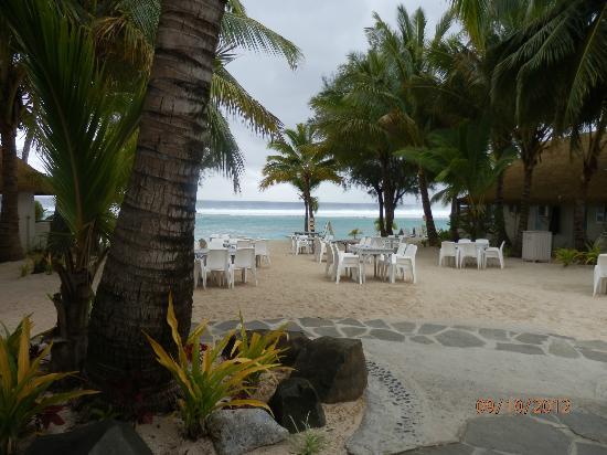 Crown Beach Resort & Spa: beach