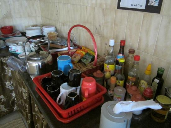 Casa Blanca Guest House: Kitchen , you can use anything