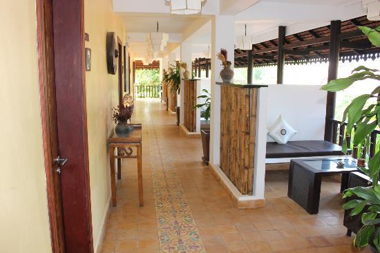 سيدارتا بوتيك هوتل: Tha hallway 